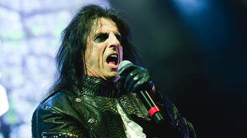 image for Alice Cooper Challenges Fans To Finish His 'Poison Burger' At Rock & Brews