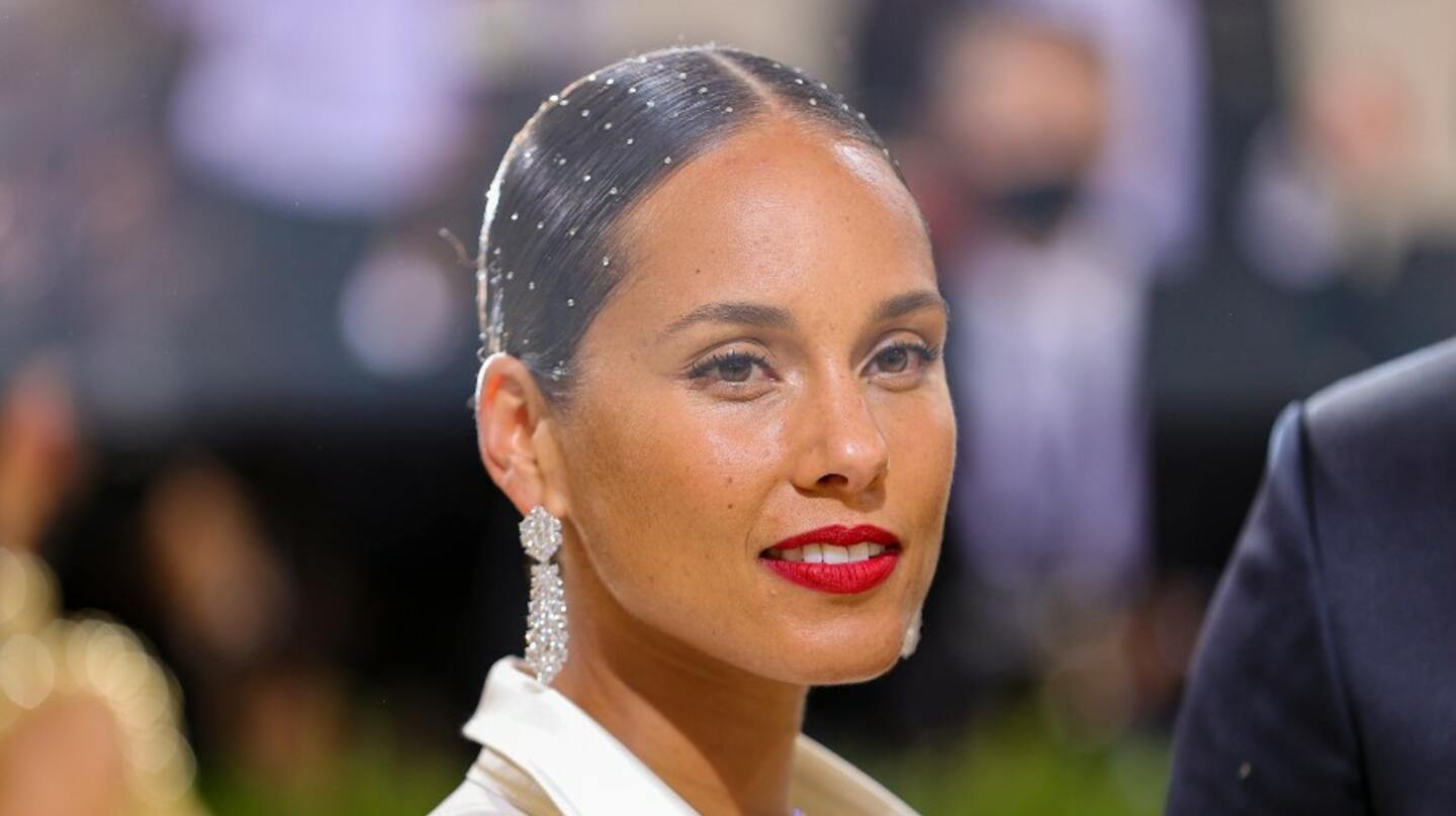 Alicia Keys Releases The Trailer For Her Intimate New Docuseries 'NOTED'
