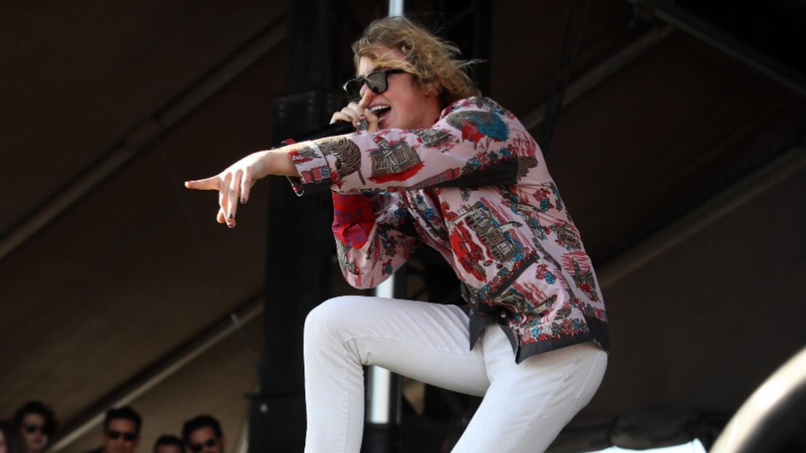 The Kid LAROI Gets The Crowd Grooving At The 2021 iHeartRadio Daytime Stage