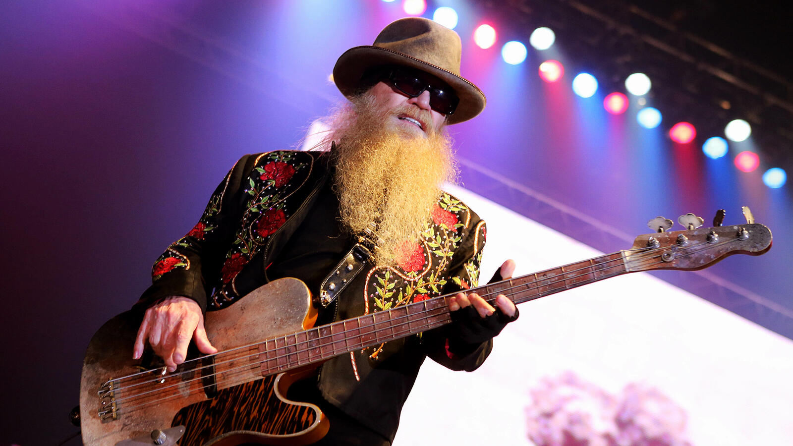 ZZ Top Warns Of Counterfeiters Trying To 'Cash In' On Dusty Hill's Death