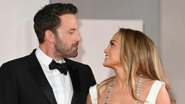 Jennifer Lopez & Ben Affleck Ditch The Glam For Family Movie Date With Kids