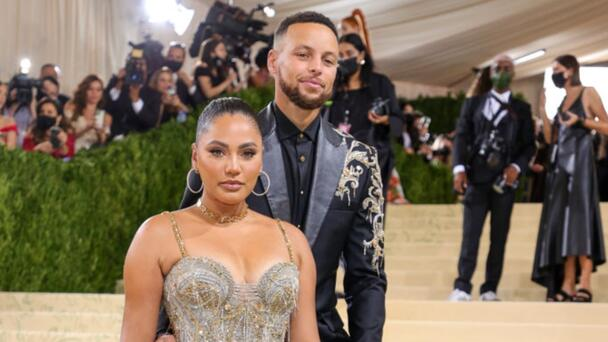 Steph And Ayesha Curry Renew Their Vows To Celebrate 10 Years Of Marriage