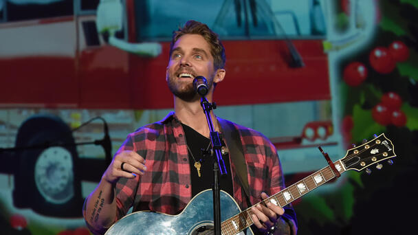 Brett Young Teams Up With Darius Rucker, Maddie & Tae On Christmas Album
