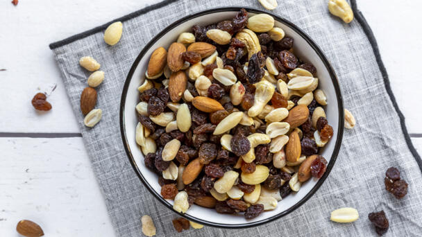 Trail Mix, Cashews Sold In North Carolina Voluntarily Recalled Due To Glass