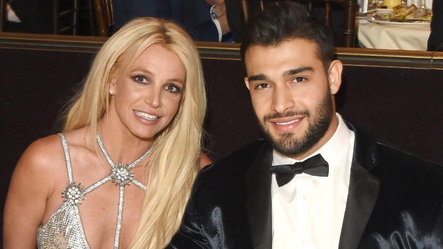 Britney Spears & Sam Asghari Will Not Crop New Puppy's Ears: 'It's Cruel'