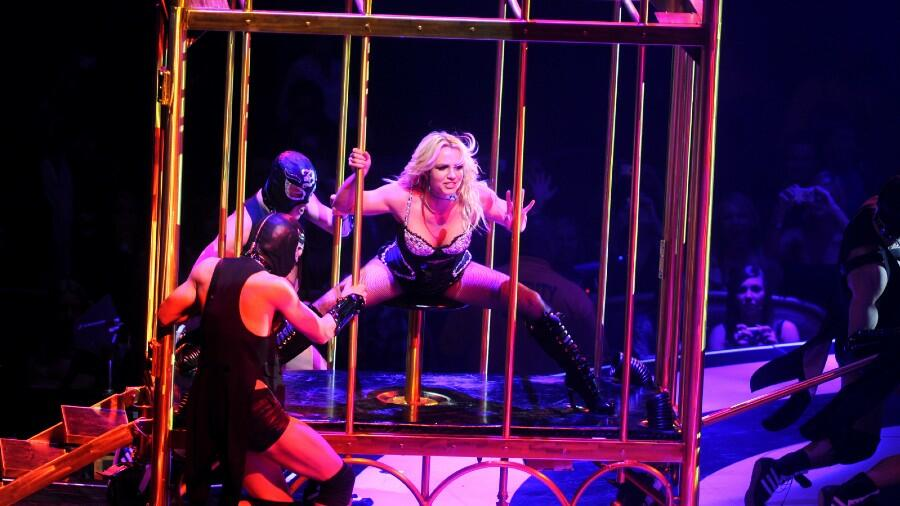 Britney Spears' Aunt Calls Dad Jamie 'Barbaric' For 'Caging' The Singer