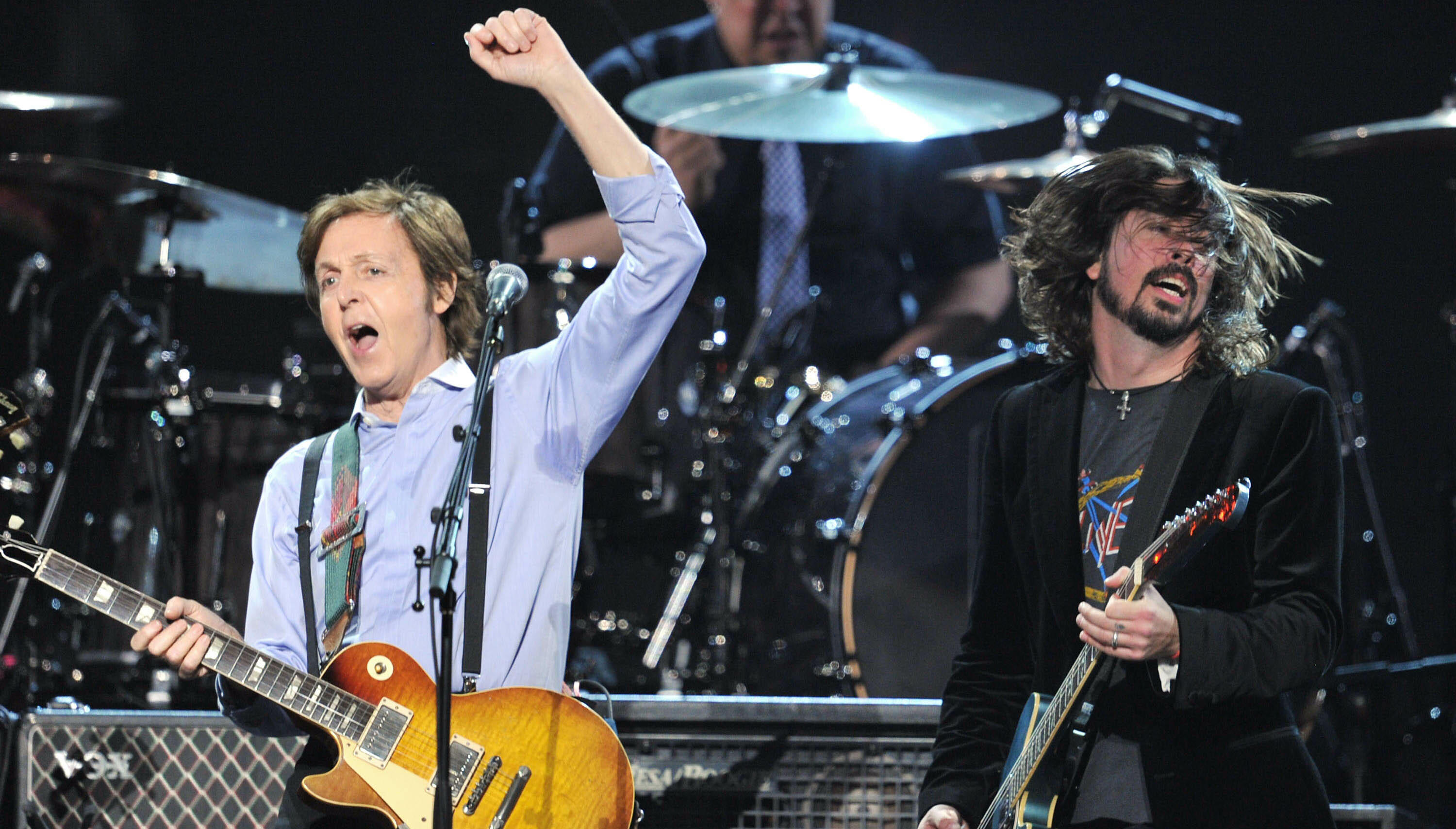 Paul McCartney Will Induct Foo Fighters Into Rock Hall Of Fame This Month
