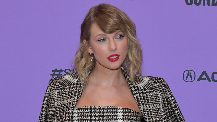 It's Officially 'Red Season' As Taylor Swift Shares A Preview Of Her Album