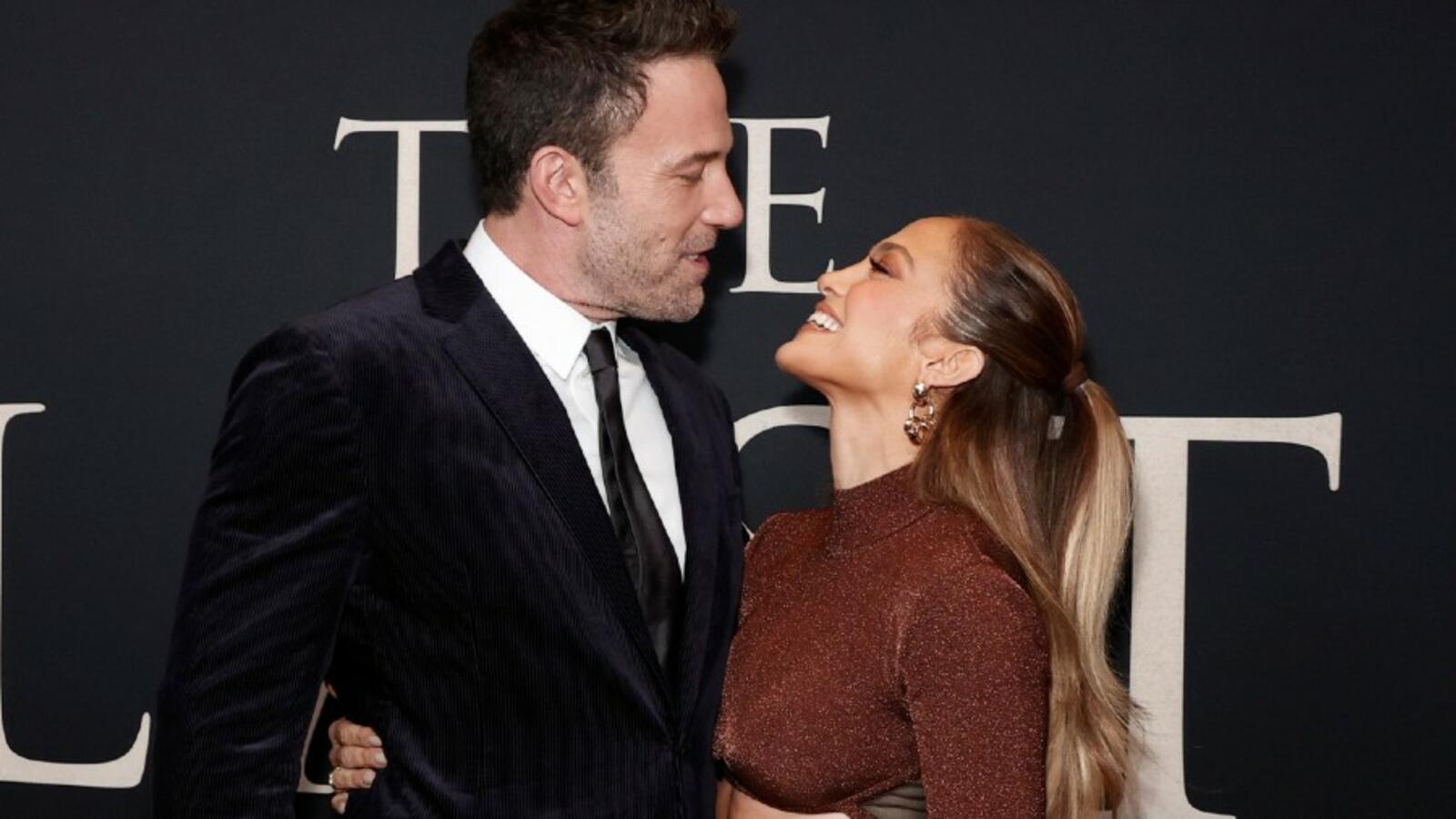 Jennifer Lopez & Ben Affleck Have To Strategically Plan Their Time Together