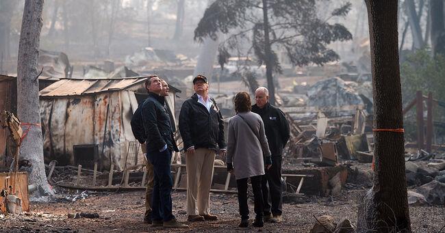 Trump in Visiting California Wildfire Damage