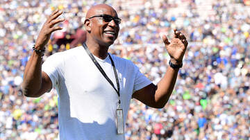 Boston Sports - Former Ram Eric Dickerson Again Claims Patriots Cheated In Super Bowl XXXVI