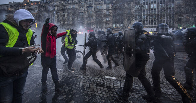 Paris protests Dec 15