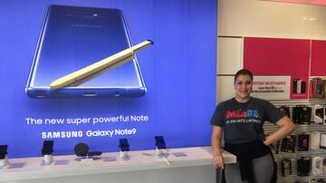 Photos - Lucyl at T-Mobile in Boynton Beach!