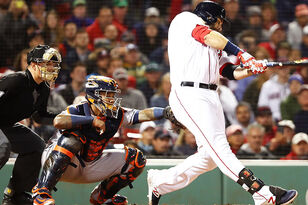 Red Sox Need Mitch Moreland To Get Hot