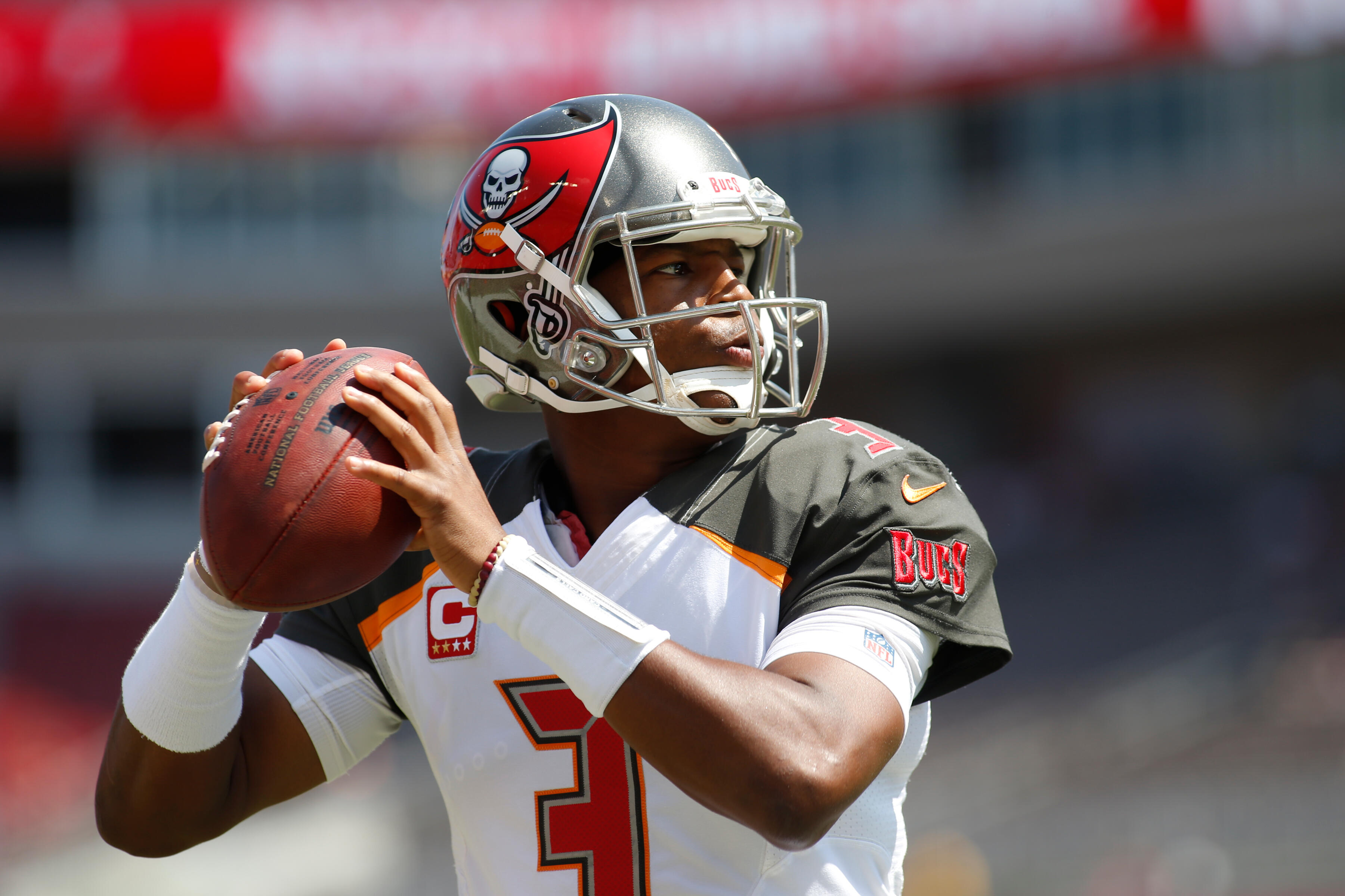 TAMPA, FL - SEPTEMBER 17: Quarterback Jameis Winston #3 of the Tampa Bay Buccaneers warms up before the start of an NFL football game against the Chicago Bears on September 17, 2017 at Raymond James Stadium in Tampa, Florida. (Photo by Brian Blanco/Getty Images)