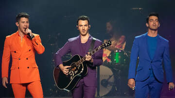 Florida Front Row - PHOTOS: Jonas Brothers Kick Off Happiness Begins Tour In Miami