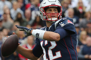 Turns Out Tom Brady Has Plenty Of Patriots Pass-Catching Options