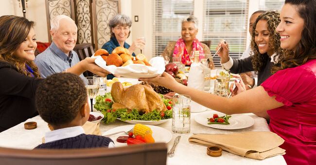 Thanksgiving Family (Credit:Getty Images/Royalty Free)