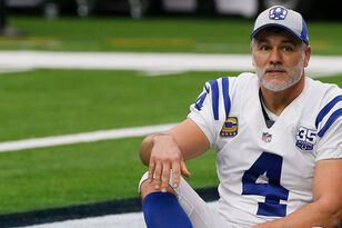 Adam Vinatieri On Tom Brady's Future, Super Bowl Prediction