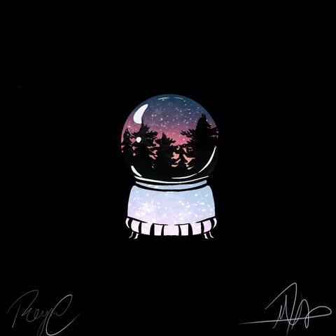 Snow globe (feat. Reyna Marie)