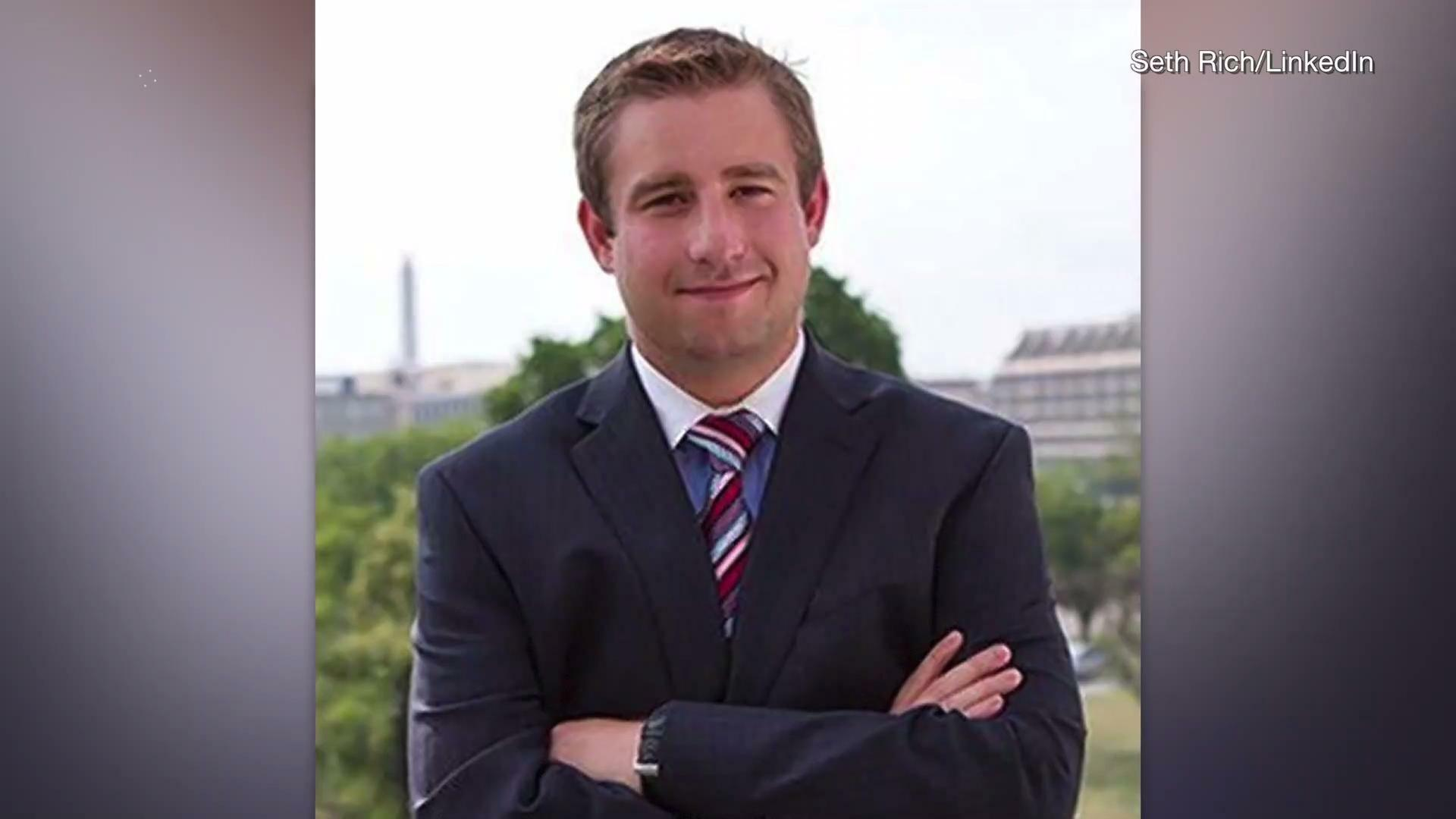 Murdered DNC Staffer Seth Rich Was In Contact With WikiLeaks