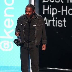 Kendrick Lamar Wins Big 'Album of the Year' Award at BET Hip-hop Awards