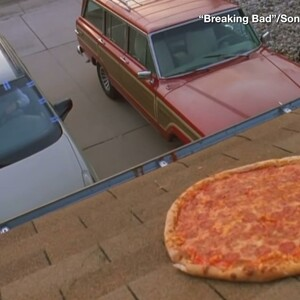 Tired of Roof Pizzas, Breaking Bad House Takes Drastic Step
