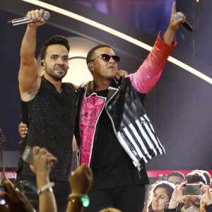 Luis Fonsi & Daddy Yankee's 'Despacito' Hit 4 Billion Views on YouTube