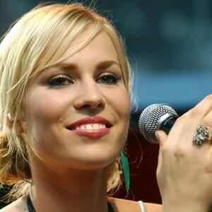Singer Natasha Bedingfield Is Pregnant