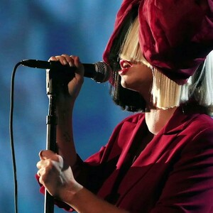 Sia Unveils Details for First-Ever Holiday Album 'Everyday Is Christmas'