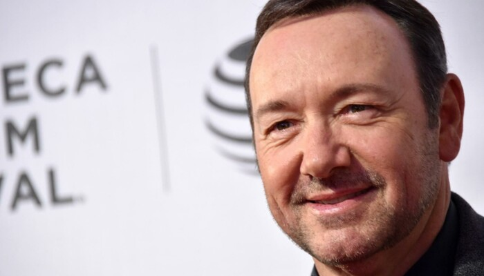 Kevin Spacey, Former TV Anchor Says Teen Family Member 'Sexually Assaulted' on Channel 933