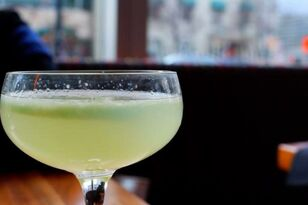 Study: Drinkers Have More Bad Mouth Bacteria