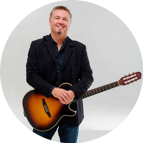 Edwin Mccain Radio Listen To Free Music Get The Latest Info Iheartradio
