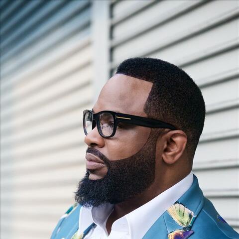 Pastor Hezekiah Walker