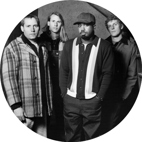 Hootie The Blowfish Radio Listen To Free Music Get The Latest Info Iheartradio