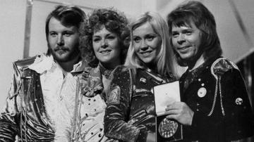 Amy Warner - Virtual ABBA Tour