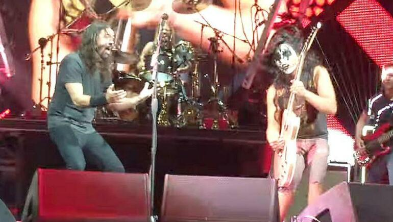 KISS Guy at Foo Fighters Concert Totally Kills It!