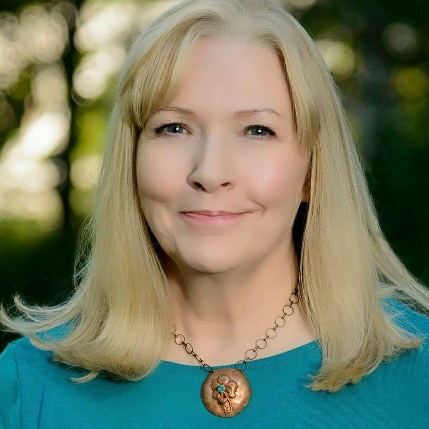 Embrace Change Radio with Kate Olson