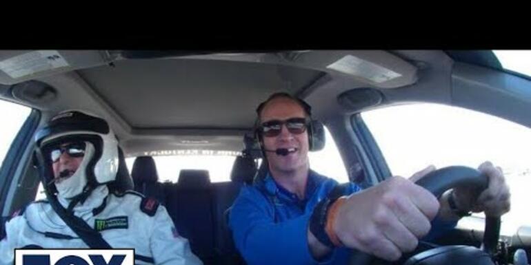 PEYTON MANNING DRIVES THE PACE CAR AT DAYTONA 500