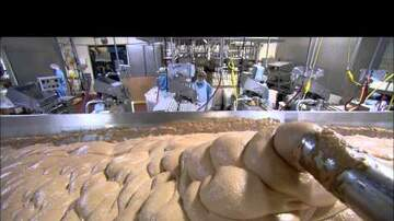 - How Hot Dogs Are Made...... I Still Want One!