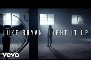 "Luke Bryan Announces New Tour, Debuts ""Light It Up"" Video"