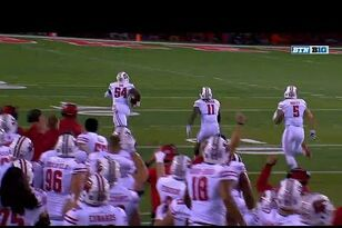 WATCH: Chris Orr's pick-six gives the Badgers the first score