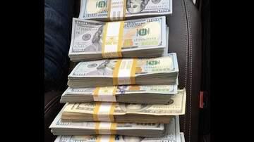 Lia - ¡¿QUIERES GANAR $1000?!