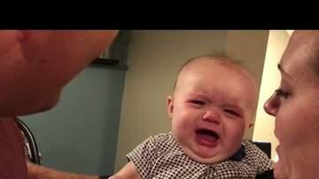 Alejandro - A esta bebé no le gusta que sus padres se besen