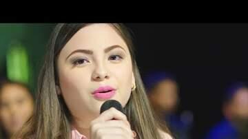 """Isaac Quinonez - VIDEO: HIJAS DE VALENTÍN ELIZALDE INTERPRETAN """"SOBRE LA TUMBA DE MI PADRE"""""""