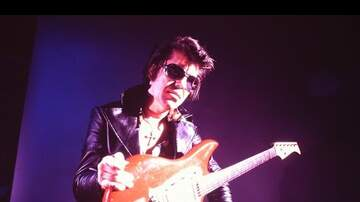 Special Programming - Rumble: The Indians Who Rocked the World