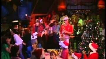 Carol Miller - Hey - I'm in this XMAS video!