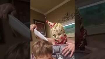MJ - Baby Has No Fear of Murderous Clown