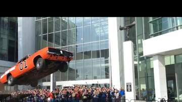 Leftovers - Stunt Driver Performs A Spectacular Dukes Of Hazzard Jump In Detroit