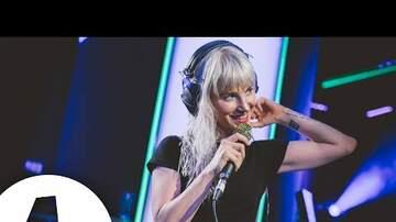 Corey - More AMAZING Live Performances: Paramore Edition
